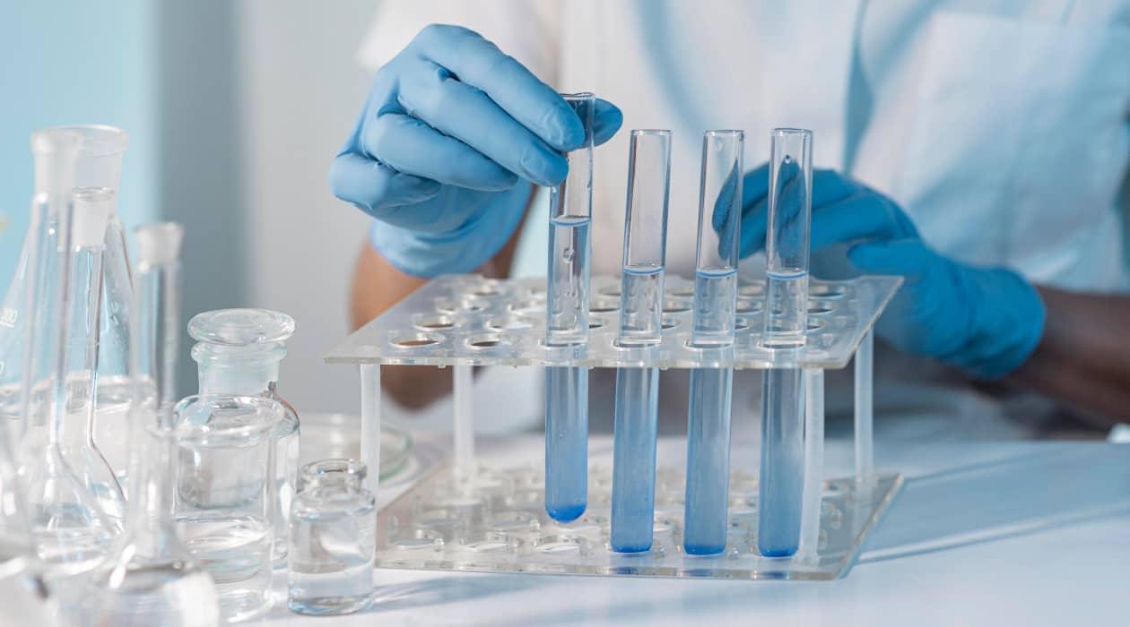 Cuáles son los principales materiales de laboratorio? - MEDAC
